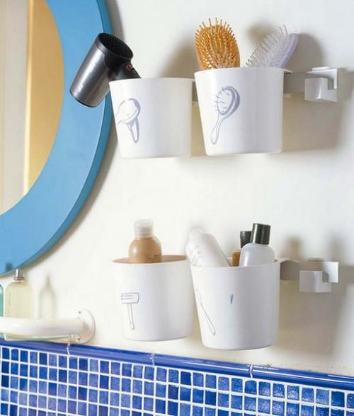 copos Ideias de arrumação para um banheiro pequeno