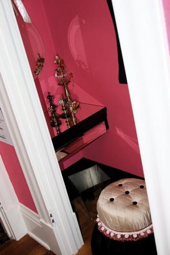 elegante quarto adolescente Decoração alegre e divertida para o quarto de uma adolescente