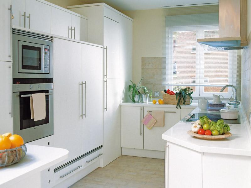 Remodelar a cozinha planeamento e distribui o for Cocinas cuadradas pequenas