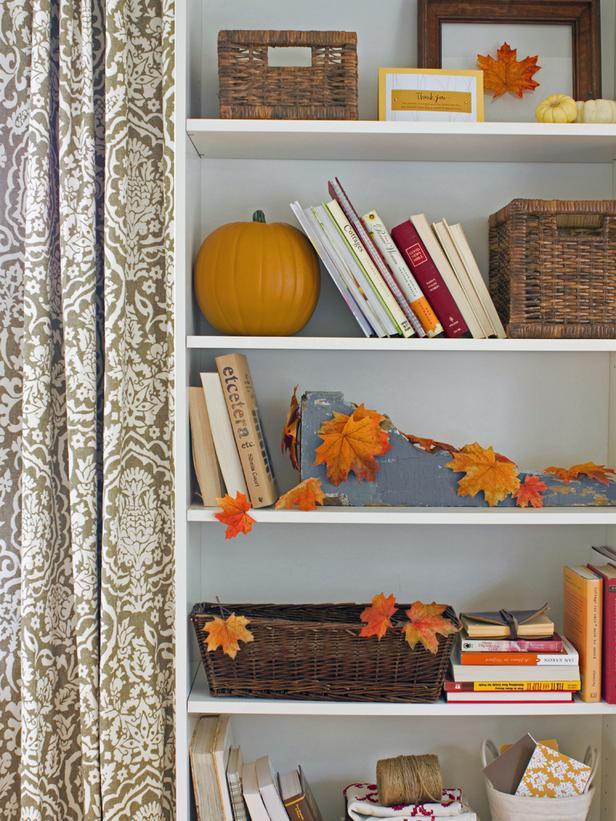folhas-outono-estante