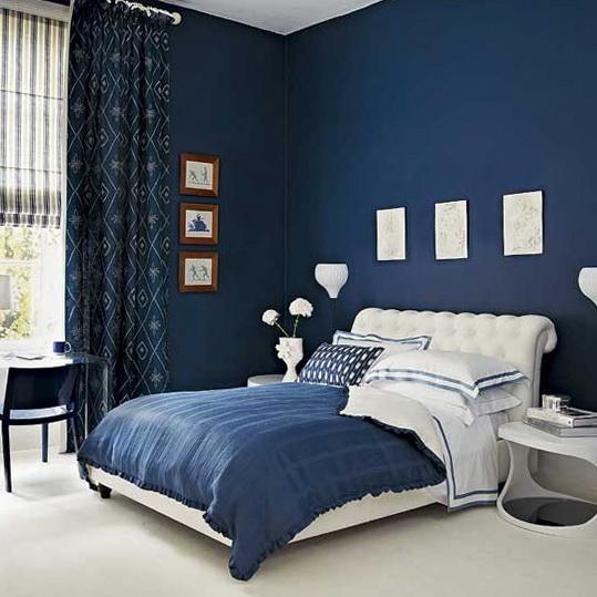 quarto-azul-escuro