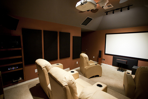 como decorar uma sala de home theater. Black Bedroom Furniture Sets. Home Design Ideas