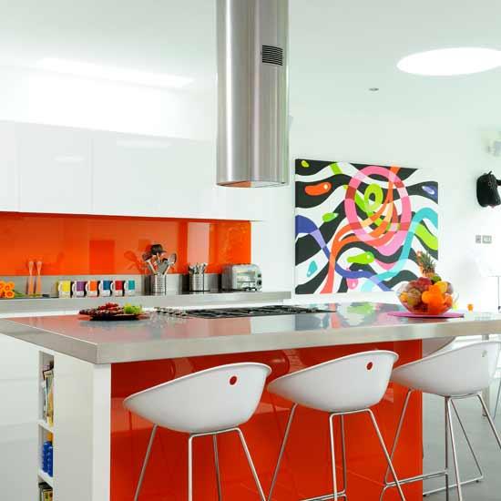 cozinha-branca-laranja