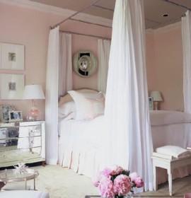 Quartos cheios de charme com camas de dossel